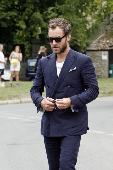 Prime 1000 Ideas About Beard Suit On Pinterest Thom Browne Suit Short Hairstyles Gunalazisus