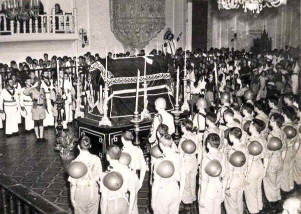 Missa por alma de Aniceto do Rosário e António Fernandes Mortos no cumprimento do dever ao serviço da Pátria Na Basílica de Bom Jesus.