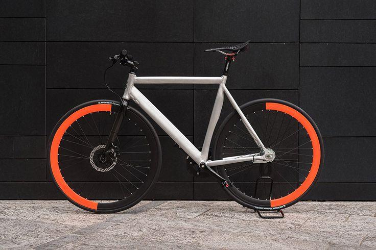 SZ Equilibrium Bike