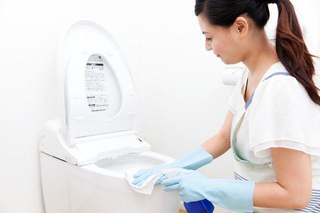 トイレ掃除は「重曹+クエン酸」にお任せ!汚れも臭いも家中スッキリ掃除術 | Linomy[リノミー]