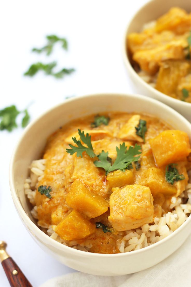 Thai Yellow Coconut Curry with Chicken and Squash » LeelaLicious: