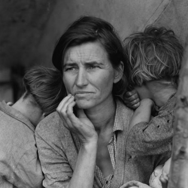 Florence Owens Thompson (32-year-old mother of 7) shot by Dorothea Lange after Florence had sold her tent to provide food for her children. Oklahoma 1936.