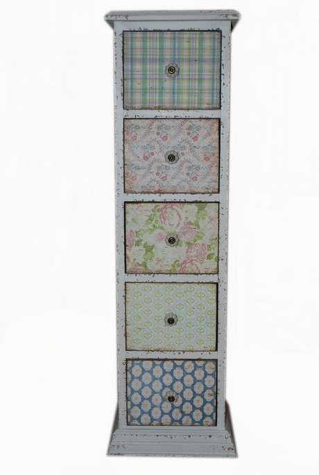 drömhuset - little chest of drawers for decoupage idea