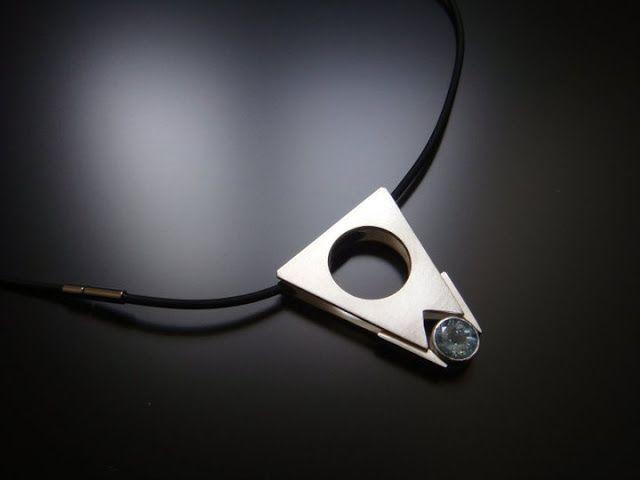 contemporary jewelry designer Dana Tudor