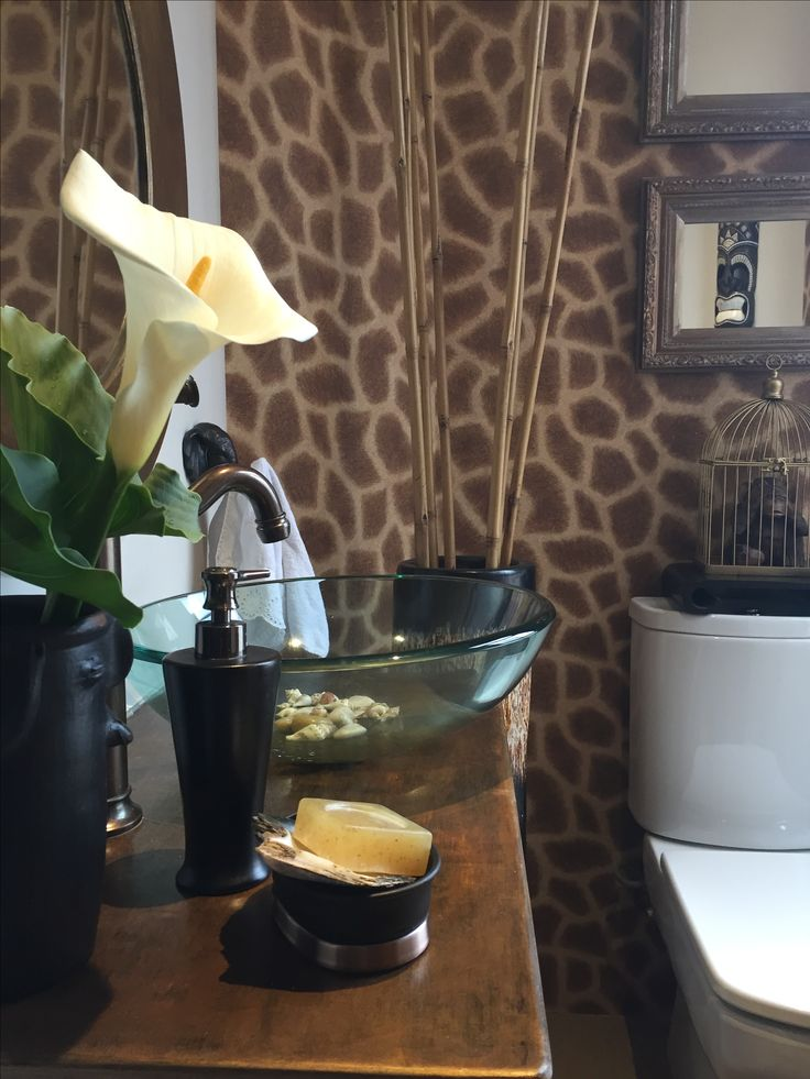 "Ethnic Guest Bathroom ""Casa Yemayá"" (Virna y Pablo), Chile"