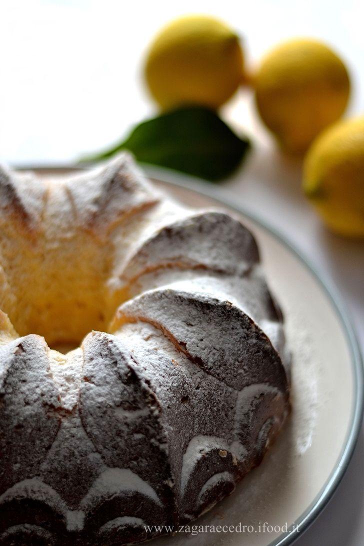 Torta al Limone senza burro, latte senza, senza olio e senza lievito ma tanto soffice e squisita http: //www.zagaraecedro.ifood...