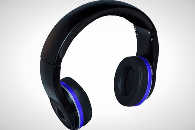 These smart headphones let you listen to music without cords and without a music player attached.