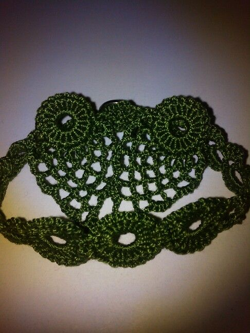 Crochet ear-rings and hand band.