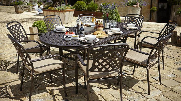 Berkeley Oval Set - Berkeley - Cast Aluminium Garden Furniture - Hartman Outdoor Furniture Products UK