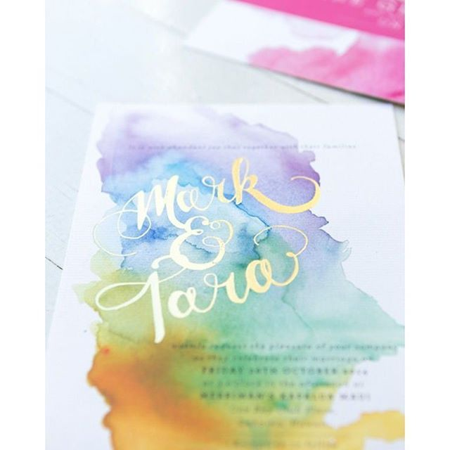 Absolutely love watercolour. It is vibrant, calming and oh so pretty! #invitations #diy #wedding #watercolour #design #complimentary #colours #stationery | Image: Hello May / Kathry Green