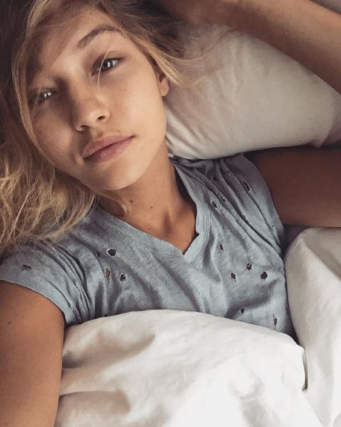 We have the 67 the most gorgeous no-makeup selfies from celebrities- Gigi Hadid