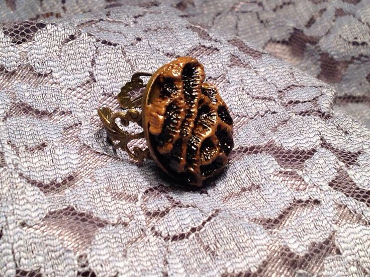 кольцо с кораллом