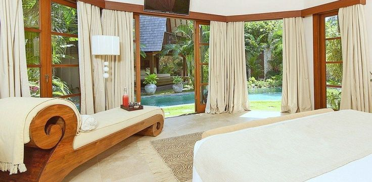 ROMANTIC Bedroom by Canela Bali.  Romantic wooden meridian with covers fully detachable to facilitate the washing. Get your own on https://www.canelabali.com/canelabalibedroom