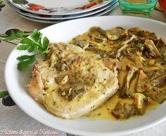 Le braciole di vitello in salsa con funghi si riveleranno una pietanza gustosa e appetitosa. Potete utilizzare funghi porcini oppure di qualità a piacere.