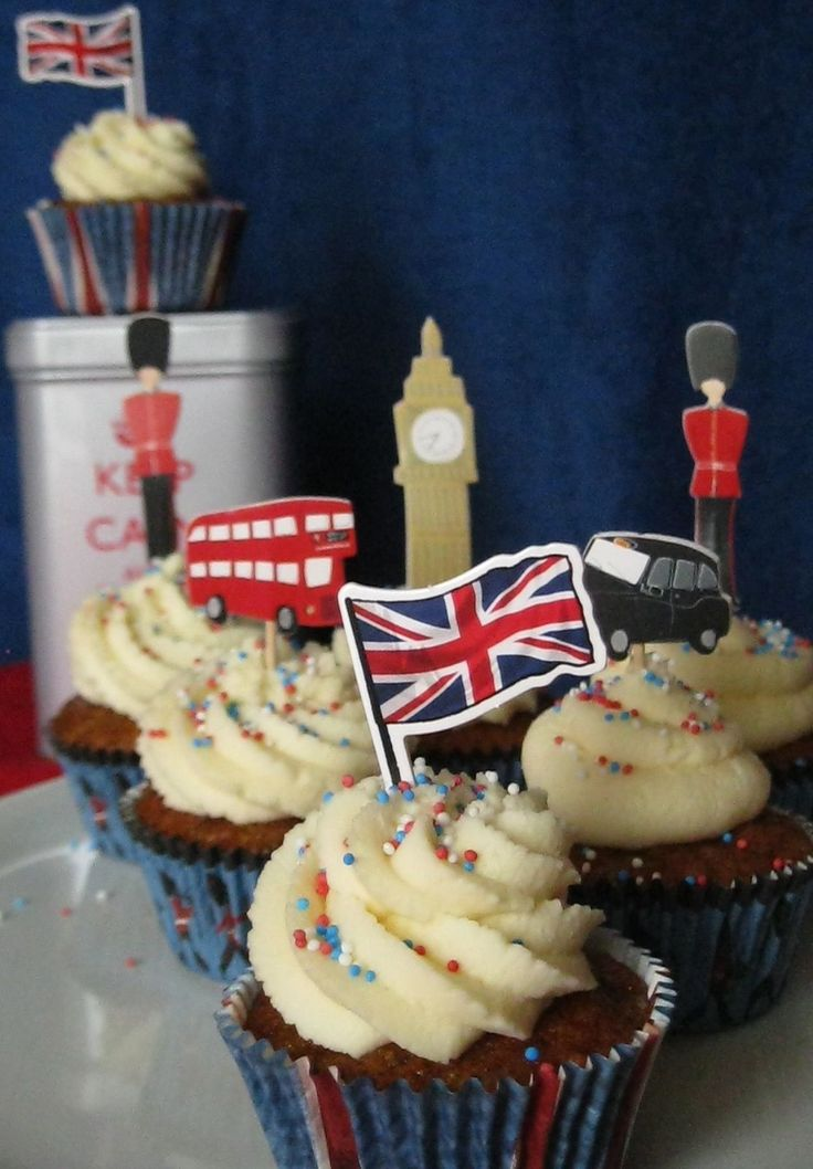 Uk vuol dire Sticky toffee cupcake con glassa al caramello |