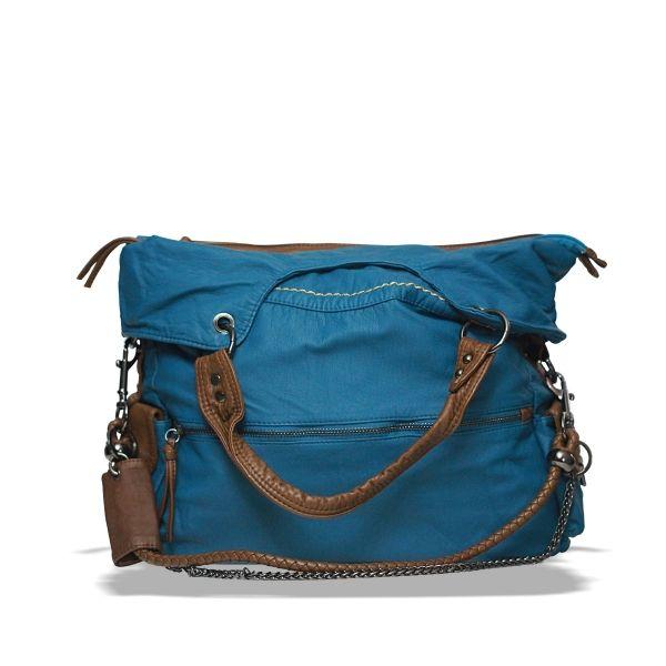 Dikdörtgen Kol Çantası #çanta #moda #kadın #omuzcantası #bag #shoulderbag #snazzy  #streetstyle #women #trend #fashion