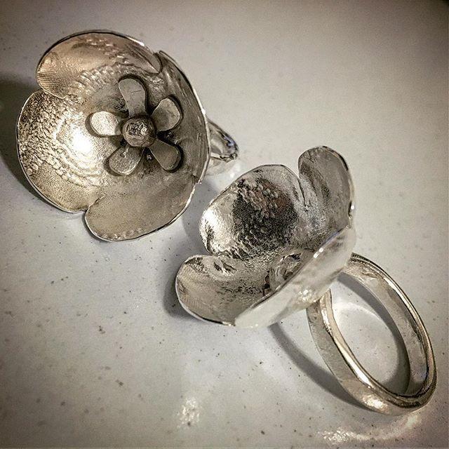 #flowerpower #Rings 3 & 4 of a #collection of 12 #jewellery to draw #attention #herbertandwilksjewellery #craftharvest #pretty #statementjewelry #artjewellery #botanicalart #flowers #conceptart #treasure #madetoorder