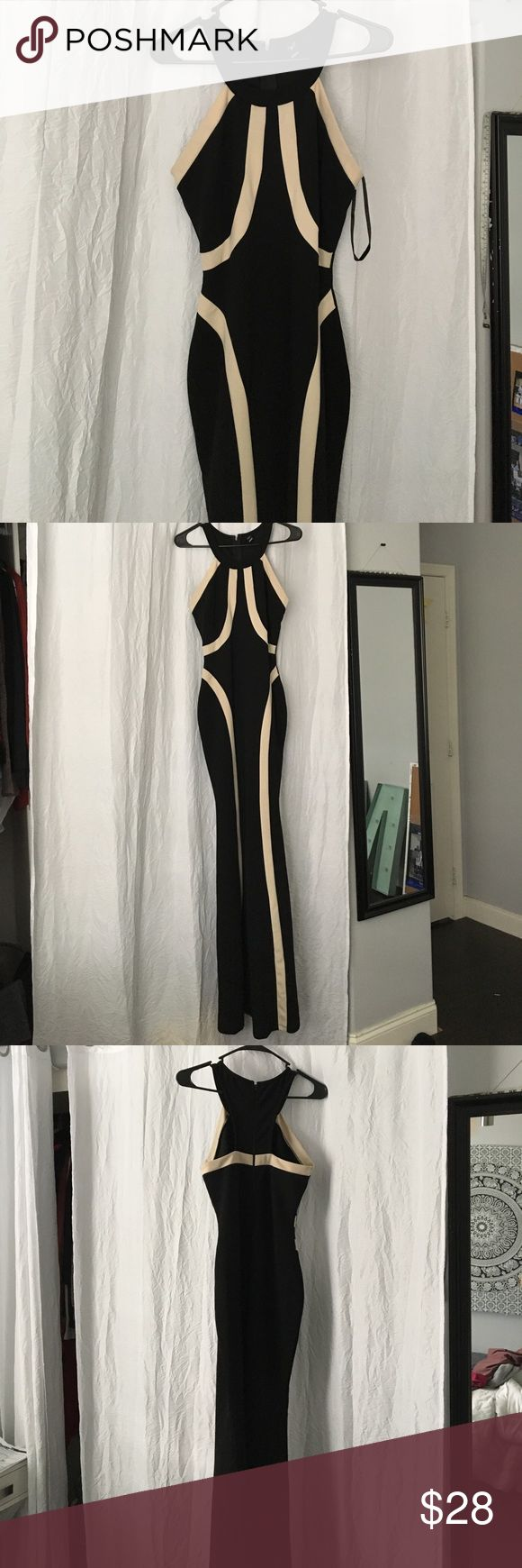 Black and Nude Long Dress only wore it once. if you are a medium you can fit in this also ! good for formal or prom WINDSOR Dresses Maxi