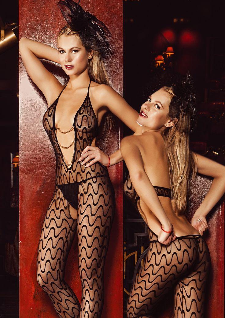 Elawin seksi vücut çorabının ağ kısmı açık olup, tanga ürüne dahil değildir. http://www.modaekseni.com/elawin-seksi-zincirli-vucut-corabi-2860.html #modaekseni #kadin #bayan #fantazi #atlet #vucutcorabi #lingerie #sexi #boudoir #alisveriscini #butambenlik #kapidaodeme #alisveris #onlinealisveris
