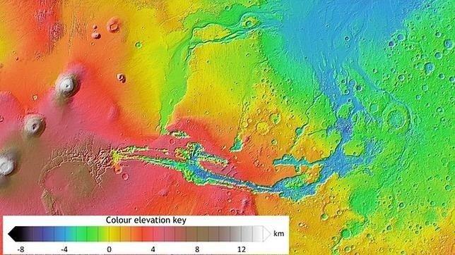 """El subsuelo de Marte podría albergar """"bolsas de hielo"""""""