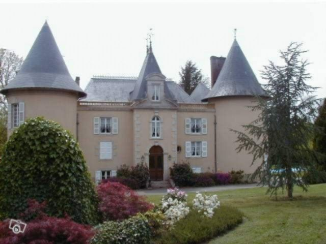 France Chateau for sale near Limoges, Haute Vienne | Moulin