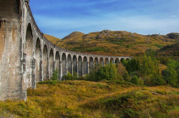 スコットランド グレンフィナン陸橋は世界最大級のコンクリート製の陸橋