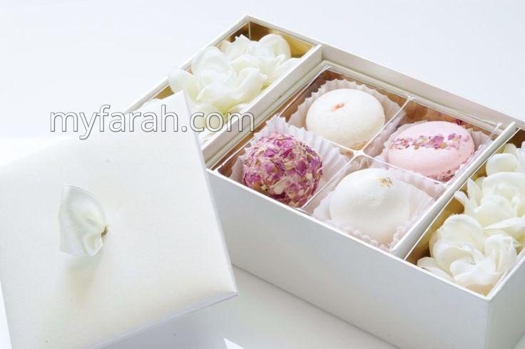 Wedding Dessert Arrangements by Forrey & Galland http://www.myfarah.com/vendors/chocolates-dates/dubai/forrey-and-galland