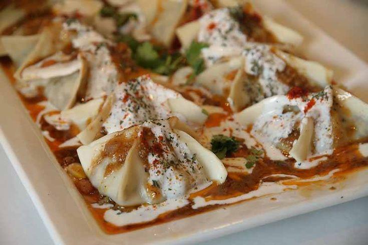 Mantu beef dumplings with yogurt food afghan food for Afghan cuisine restaurant