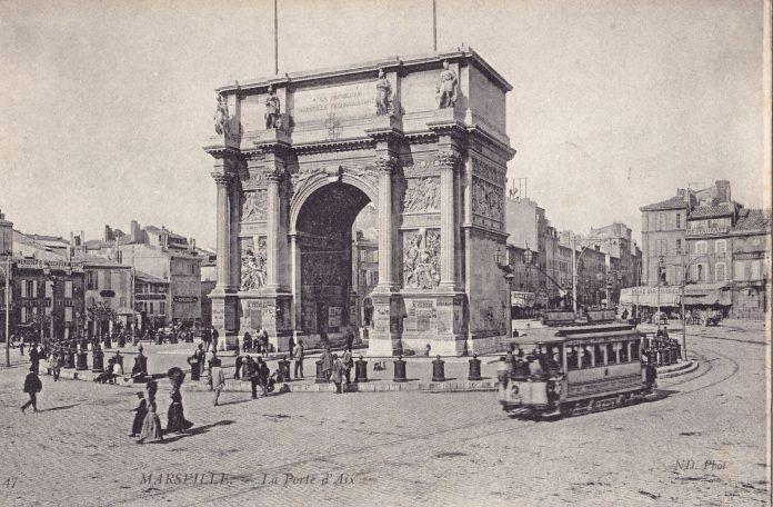 arc-triomphe-porte-aix-archive