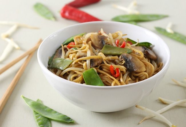 Who knew it was so simple to make your favourite Chinese food at home! This veggie chow mein is quick, easy and (most importantly) delicious!
