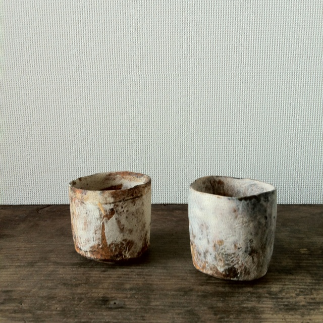 Small cups by Nikaido Akihiro, from Utsuwa Kenshin gallery, now on…