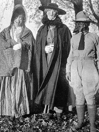 Vintage Creepy Halloween