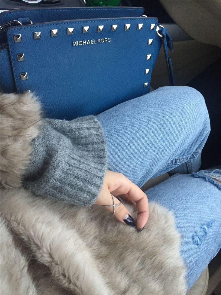 #jeans #knitwear #fauxfur #zara #blue #bag #michaelkors