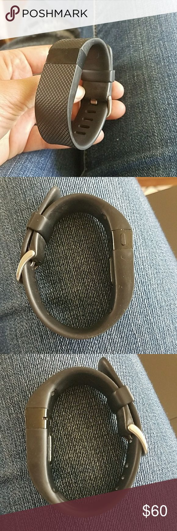Fitbit Charge HR Small W/ Charger Used / great condition Fitbit Charge. Size small. Make an offer! Works perfectly and comes with charger. I don't have the original box anymore, sorry. fitbit Accessories Watches