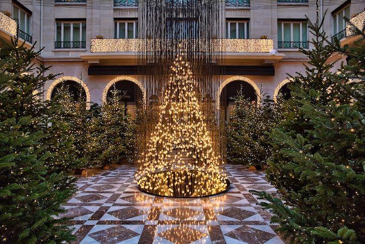Electric Light Bulb Christmas Tree and Gold Reindeer in Paris - My Modern Metropolis