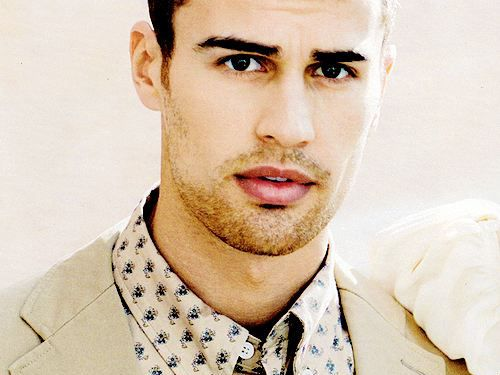 Afternoon Eye Candy: Theo James is your new pretend boyfriend (29 photos).