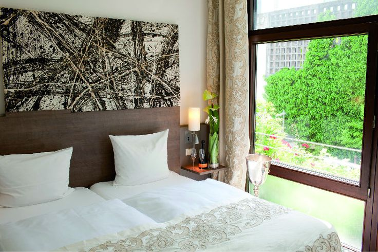 Art  Businness Hotel | Art  Design Hotel | Germany | http://lifestylehotels.net/en/art-business-hotel | room, light, friendly