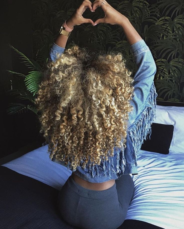 {{www.TryHTGE.com}} Try Hair Trigger Growth Elixir ============================================== {Grow Lust Worthy Hair FASTER Naturally with Hair Trigger} ============================================== Click Here to Go To:▶️▶️▶️ www.HairTriggerr.com ✨ ==============================================      Love these Blonde Curls!