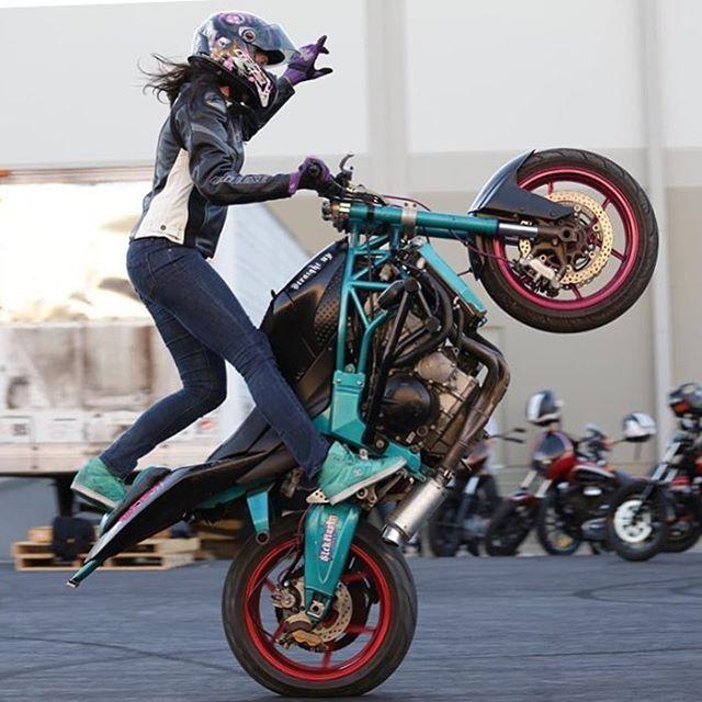 Stunt Games at Miniclip.com