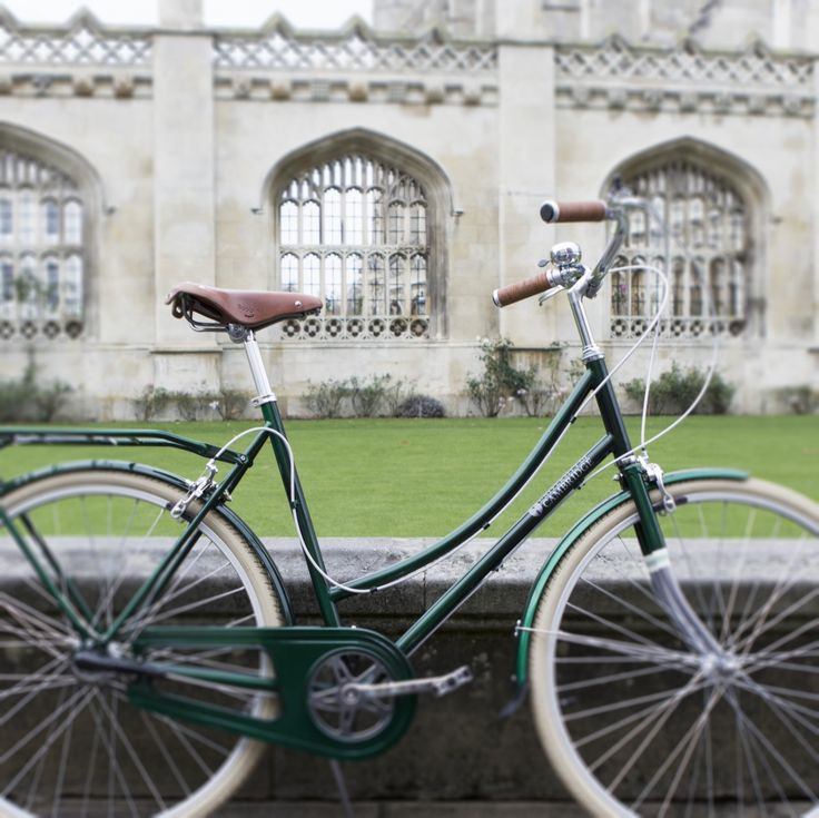 One of the new range of University of Cambridge branded Bobbin bikes.