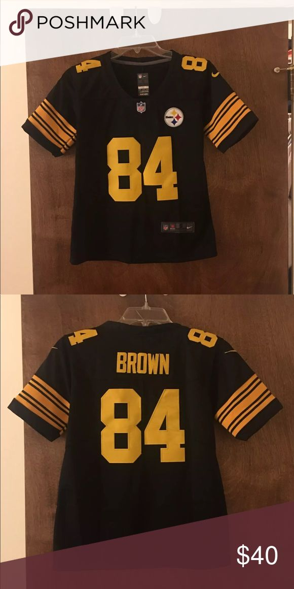 Pittsburg Steelers Jersey Antonio Brown Received and was too small. Stitched Antonio Brown jersey brand new Shirts & Tops Tees - Short Sleeve