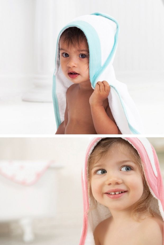 Hooded bath towels for baby keep little heads warm and dry, while the 100% cotton muslin washcloth is gentle against their skin. http://babyglitter.gr/t/brands/aden-anais/