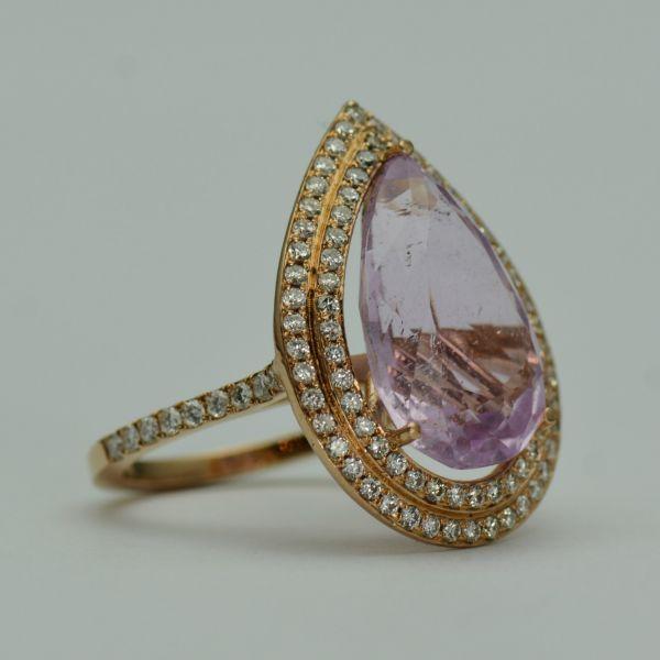 Inel cu diamante si kunzit