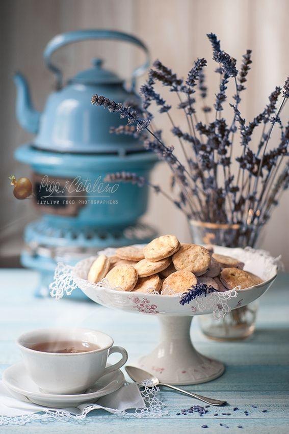 Ecco i biscotti vegani fatti da Patrizia in base alla ricetta di Vegger dello Stage del 18/1/15. Foto stupenda di Piga&Catalano