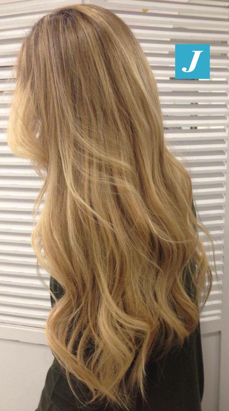 Il segreto della bellezza di molte donne e il Degradé Joelle! #cdj #degradejoelle #tagliopuntearia #degradé #igers #musthave #hair #hairstyle #haircolour #haircut  #longhair #oodt #hairfashion