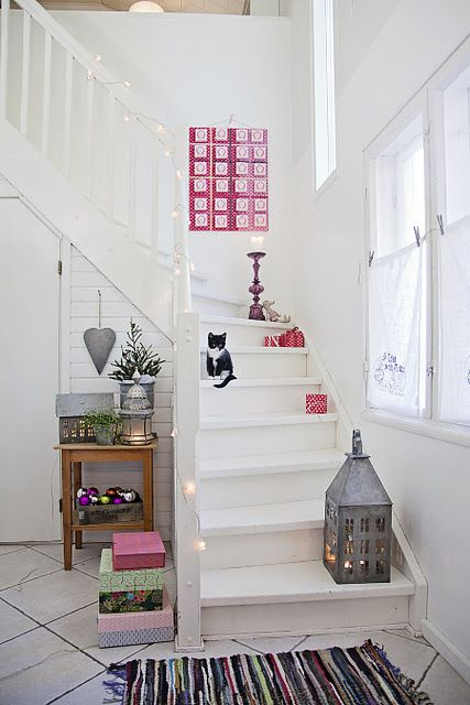 would love to have the same stairway! <3