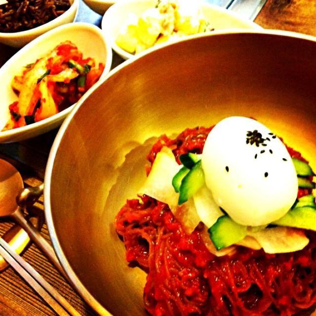 フォロー⁺✧.(˃̶ ॣᵕ ॣ˂̶∗̀)ɞ⁾⁾ ありがとうございました。 スパイシー辛いモノ大好きで… もぐもぐ♡させていただきました。 イロイロ✨のぞかせてください♪♪♪ - 33件のもぐもぐ - 韓国ランチ…激辛 ビビン冷麺 by tayuko