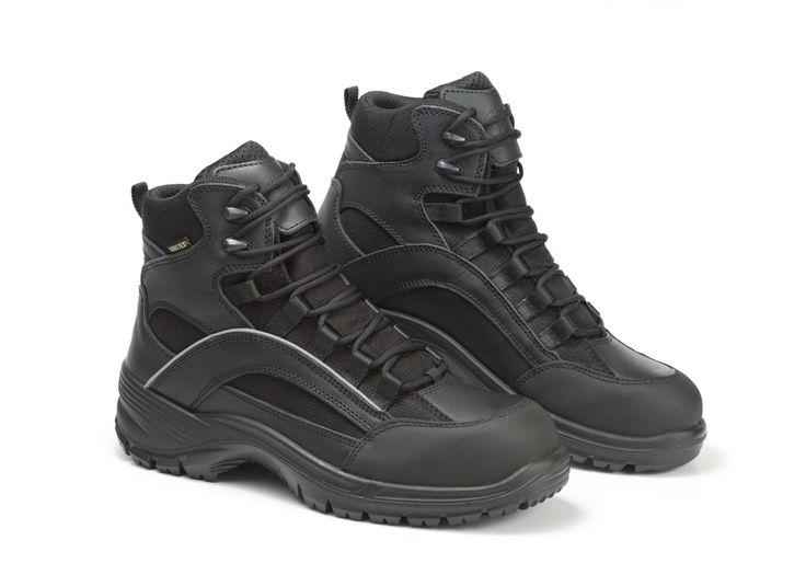 Scarpe antinfortunistica Jolly, modello 6221/GA, in tessuto GORE-TEX® http://www.kaamastore.it/catalogo/calzature-professionali/6221ga-rescuer-mid