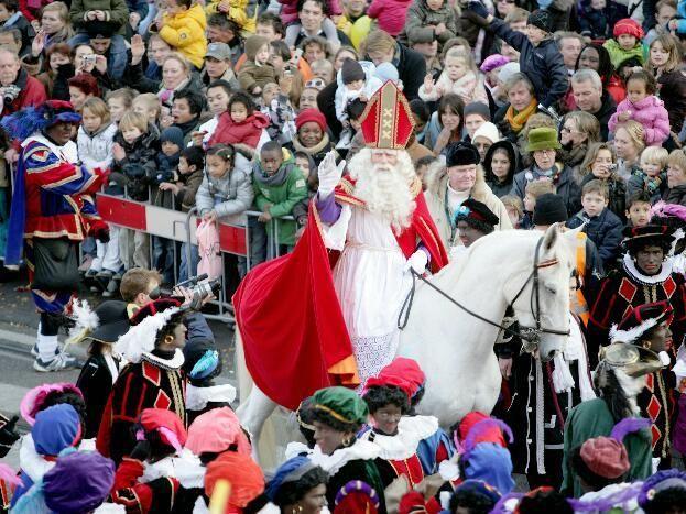 Intocht Sinterklaas - Rotterdam IJsselmonde op 19 november 2011 om 10.00 | IJsselmonde online | IJsselmonde | Rotterdam | Rijnmond