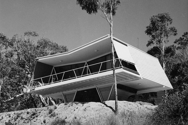 Chancellor and Patrick, Larrakeyah, McCraith House, Dromana, 1955. Image: Commercial Photographic Company, Carlton